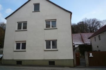 Großzügiges Haus in Weipoldshausen, 97532 Üchtelhausen / Weipoltshausen, Einfamilienhaus