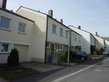 Sehr gepflegtes Reihenhaus in begehrter Lage, 97422 Schweinfurt, Einfamilienhaus
