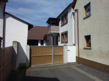 Viel Platz und Top renoviert, 97520 Röthlein / Hirschfeld, Einfamilienhaus