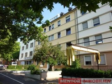 Modernisierte Stadtwohnung mit Balkon, 97421 Schweinfurt, Etagenwohnung