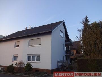 Gut vermietete Eigentumswohnung, 97469 Gochsheim, Dachgeschosswohnung
