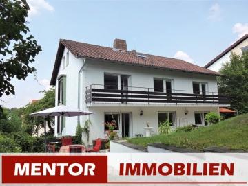 Zweifamilien-/Generationenhaus in begehrter Wohnlage, 97456 Dittelbrunn, Mehrfamilienhaus