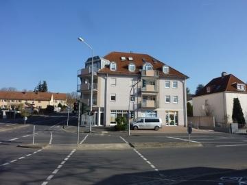 Große Wohnung unweit der Innenstadt, neu renoviert, Lift vorhanden, 97421 Schweinfurt, Etagenwohnung