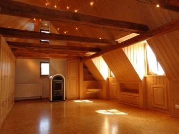 Traumhaftes Anwesen mit zwei Wohnhäusern und parkähnlichem Grundstück!, 97528 Sulzdorf, Zweifamilienhaus