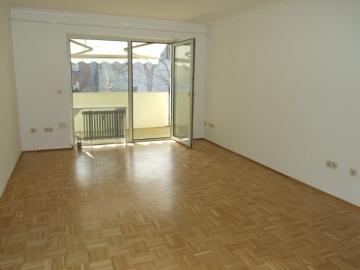 Komfortabel und ruhig, mit Einbauküche und Balkon mit Lift!, 97421 Schweinfurt Stadt, Etagenwohnung