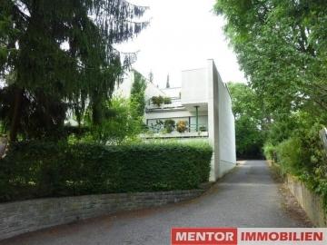Außergewöhnliches Wohnhaus in exklusiver Wohnlage, 97422 Schweinfurt, Reiheneckhaus