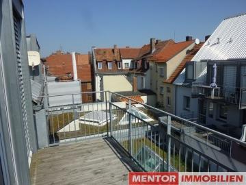 2-Zimmer-Wohnung in zentraler Lage – voll möbliert!, 97421 Schweinfurt, Dachgeschosswohnung