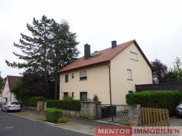 Komplett frei, Dreifamilienhaus in attraktiver Lage., 97464 Niederwerrn, Mehrfamilienhaus