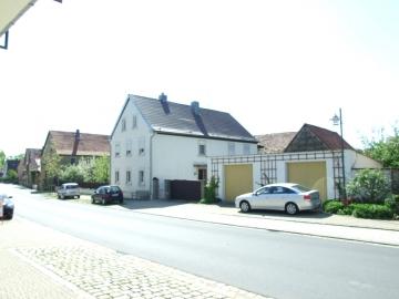 Großzügiges Einfamilienhaus in Dingolshausen, 97497 Dingolshausen, Einfamilienhaus