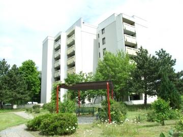 1-Zimmer-Eigentumswohnung mit Balkon und PKW-Stellplatz, 97422 Schweinfurt, Etagenwohnung