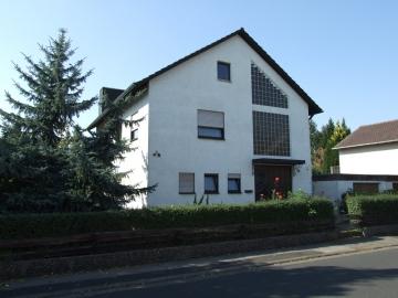 Großzügiges Haus in attraktiver Lage, 97447 Gerolzhofen, Einfamilienhaus