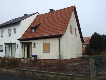 Reihenhaus in begehrter Lage, 97464 Niederwerrn, Einfamilienhaus