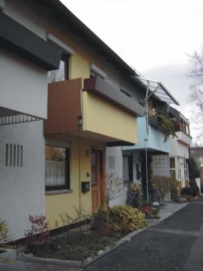 Reihenmittelhaus in attraktiver Lage, 97464 Niederwerrn, Reihenhaus