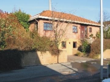 Wohnhaus im mediterranen Stil – am Rande der Weingegend, 97523 Schwanfeld, Einfamilienhaus