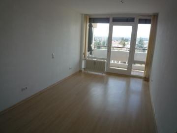 Helle Wohnung mit zwei Balkonen in Schweinfurt-Hochfeld!, 97422 Schweinfurt Hochfeld, Etagenwohnung