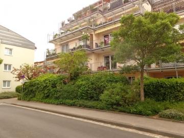 Idyllisch gelegene Zweizimmerwohnung mit Terrasse und Tiefgaragenstellplatz!, 97421 Schweinfurt, Etagenwohnung